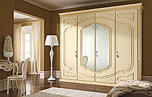 4-door wardrobe  with mirrors Glazed honey finish with Florentine art and fresco ochre colour wash