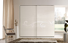 LACQUERED ASH FINISH FR01 OFF-WHITE AND WHITE STUCCO DECORATION PEGASO WARDROBE WITH 2 SLIDING DOORS W/DECORATION